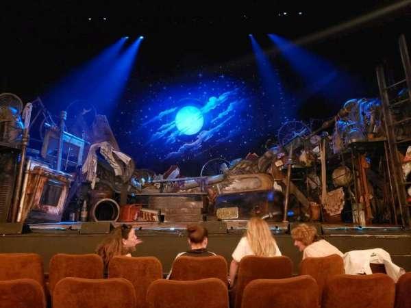 Forrest Theatre, secção: Orchestra C, fila: D, lugar: 105