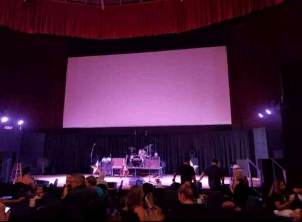 Stargazers Theatre, secção: Floor, fila: Back