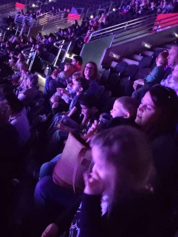 Wells Fargo Arena, secção: 209, fila: 2, lugar: 2