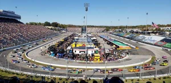 Martinsville Speedway, secção: 105, fila: 29, lugar: 5