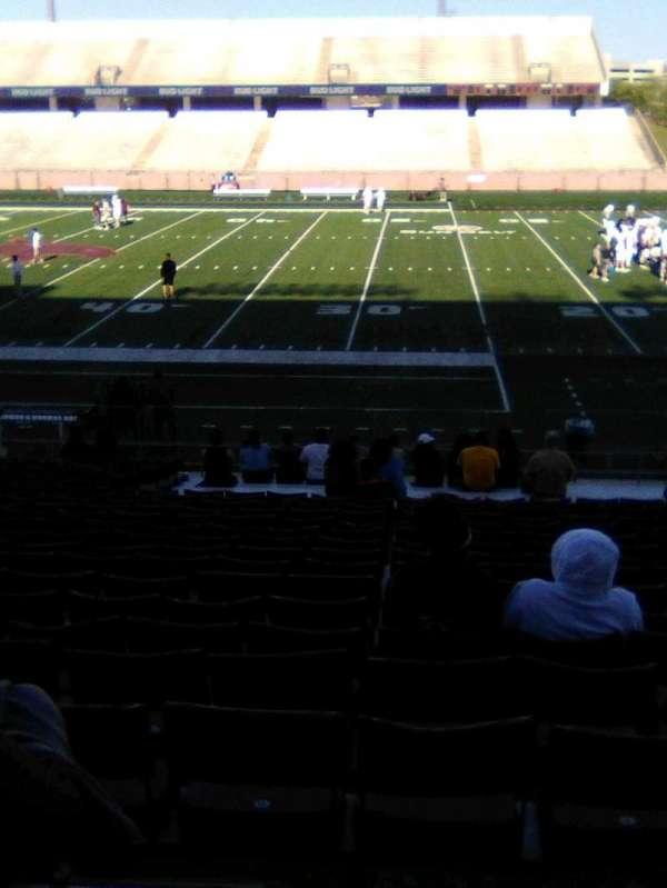 Bobcat Stadium (TSU), secção: 102, fila: 25, lugar: 10