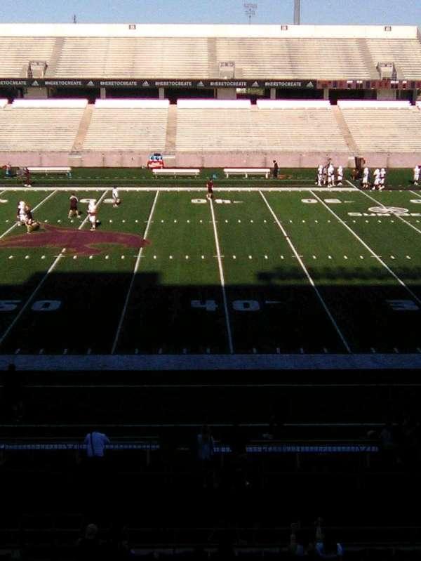 Bobcat Stadium (TSU), secção: 203, fila: 1, lugar: 4