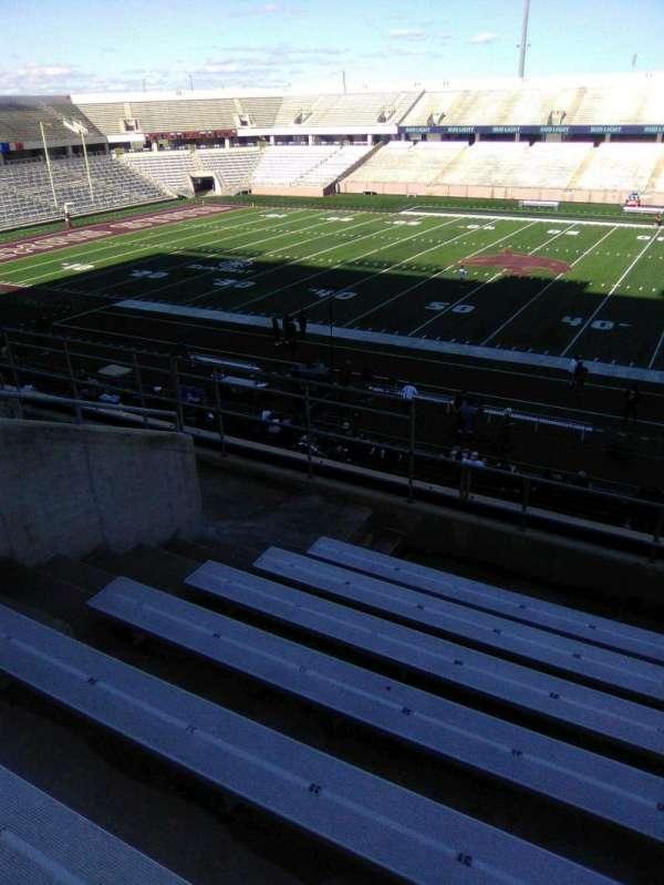 Bobcat Stadium (TSU), secção: 202, fila: 8, lugar: 30