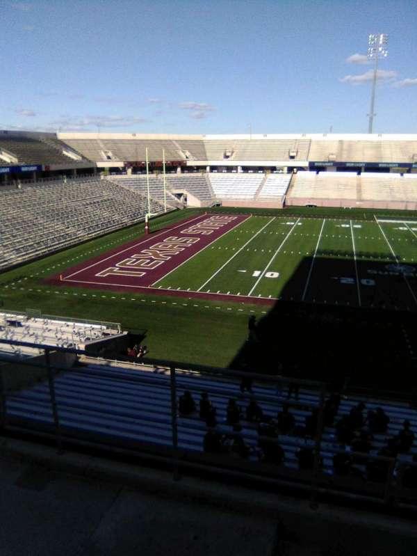Bobcat Stadium (TSU), secção: 204, fila: 4, lugar: 35