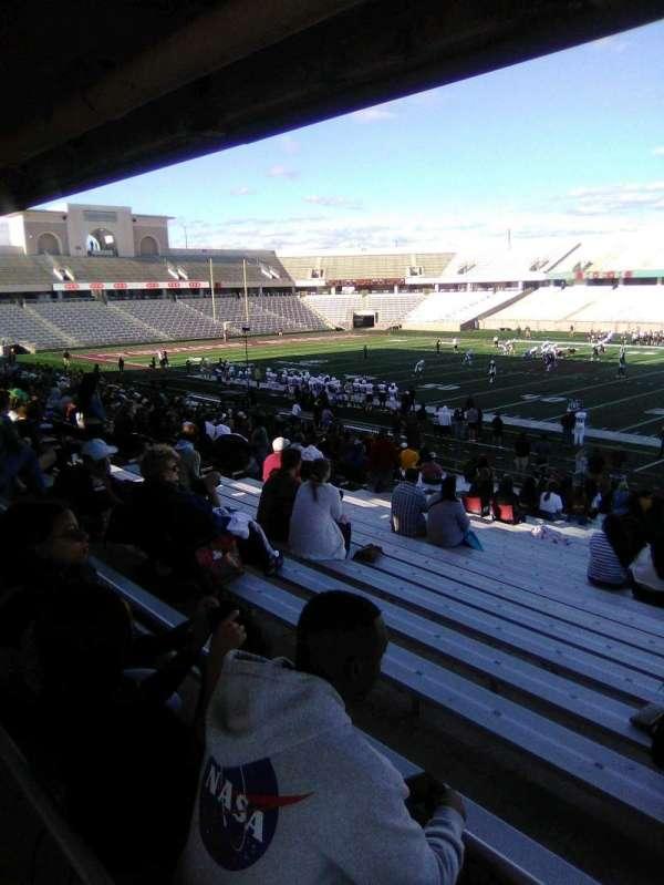 Bobcat Stadium (TSU), secção: 101, fila: 25, lugar: 9