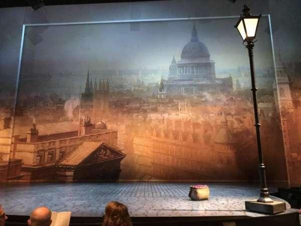 Vivian Beaumont Theater, secção: Orchestra C, fila: E, lugar: 308
