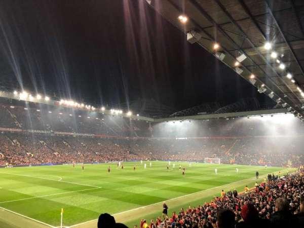 Old Trafford, secção: W211, fila: 7, lugar: 33