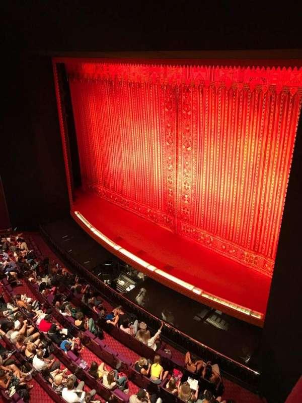 Prince Edward Theatre, secção: Boxes, fila: GB, lugar: 1.4