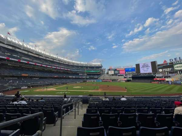 Yankee Stadium, secção: 115, fila: 12, lugar: 9