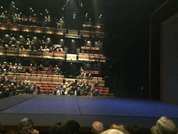 Bridge Theatre, secção: Stalls, fila: D, lugar: 7