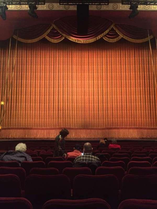 Imperial Theatre, secção: Orchestra C, fila: L, lugar: 107