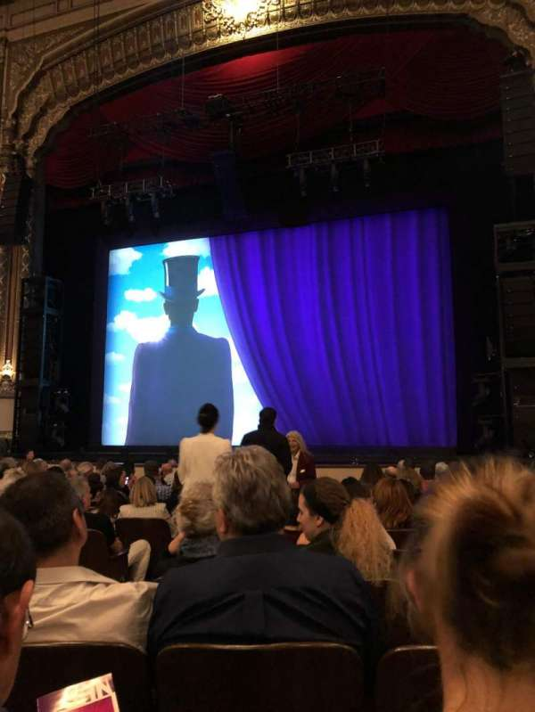 Golden Gate Theatre, secção: Orchestra, fila: M, lugar: 6