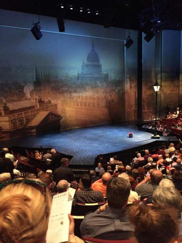 Vivian Beaumont Theater, secção: Orchestra LC, fila: O, lugar: 209