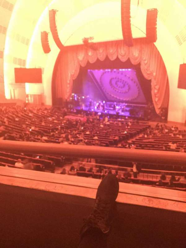 Radio City Music Hall, secção: 1st Mezzanine 1, fila: BB, lugar: 107