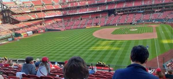Busch Stadium, secção: 271, fila: 11, lugar: 10