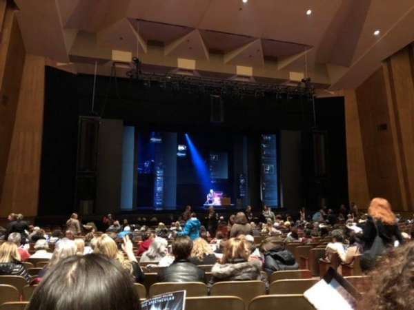 Keller Auditorium, secção: Orchestra B, fila: T, lugar: 9