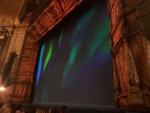 St. James Theatre, secção: Orchestra R, fila: D, lugar: 14