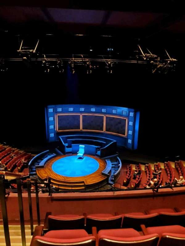 Vivian Beaumont Theater, secção: Loge RC, fila: D, lugar: 401