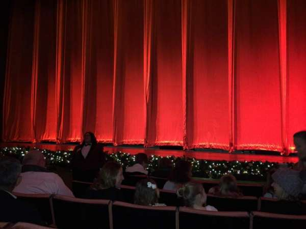 Radio City Music Hall, secção: Orchestra 3, fila: FF, lugar: 310