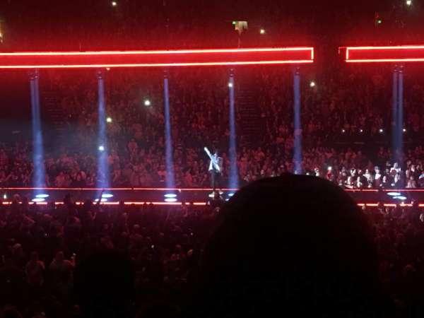 Bridgestone Arena, secção: 114, fila: H, lugar: 4