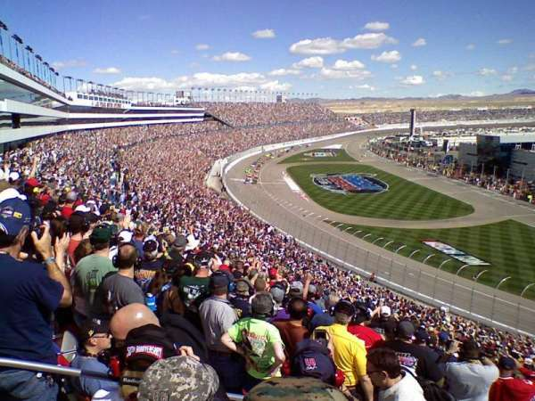 Las Vegas Motor Speedway, secção: PT112, fila: 51, lugar: 24