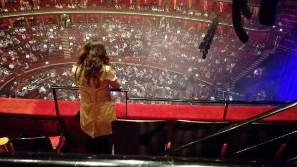 Royal Albert Hall, secção: Rausing Circle Y, fila: 3, lugar: 175