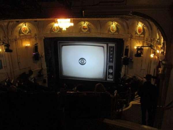 Ambassadors Theatre, secção: Circle, fila: L, lugar: 5