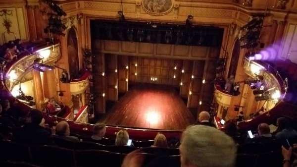 Gielgud Theatre, secção: Grand Circle, fila: F, lugar: 13