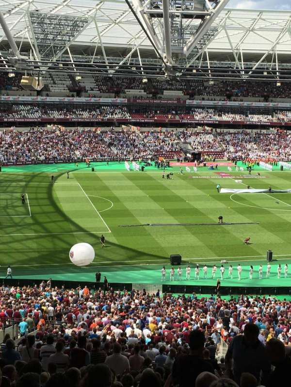 London Stadium, secção: 231, fila: 42, lugar: 593
