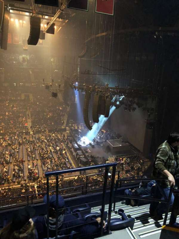 Bridgestone Arena, secção: 310, fila: F, lugar: 1