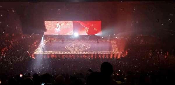 Madison Square Garden, secção: 211, fila: 17, lugar: 22