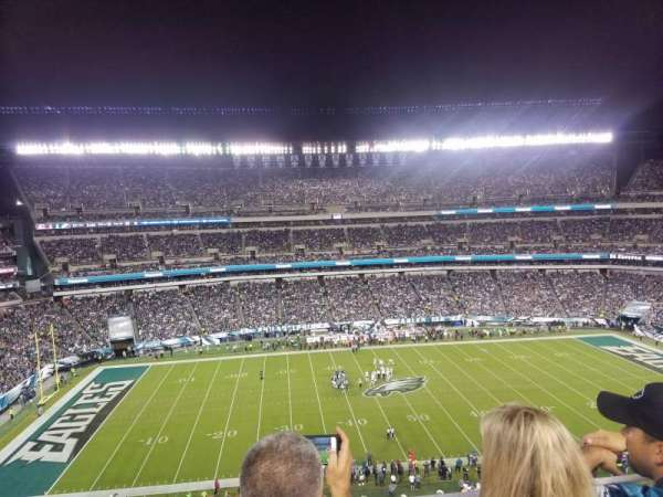 Lincoln Financial Field , secção: 244, fila: 3