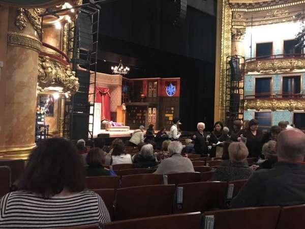 Emerson Colonial Theatre, secção: Orchestra, fila: Q, lugar: 23