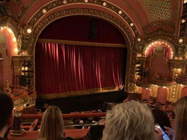 Cutler Majestic Theatre, secção: Mezzanine, fila: C, lugar: 13