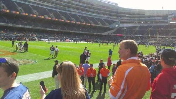 Soldier Field, secção: 144, fila: 3, lugar: 1