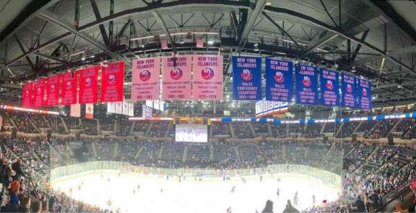 Nassau Veterans Memorial Coliseum, secção: 223, fila: 6, lugar: 2