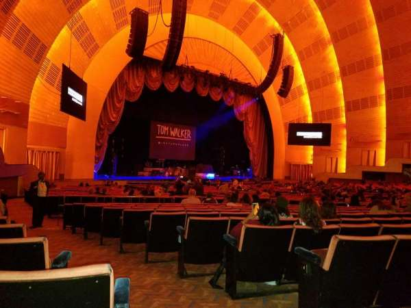 Radio City Music Hall, secção: Orchestra 7, fila: G, lugar: 701.702