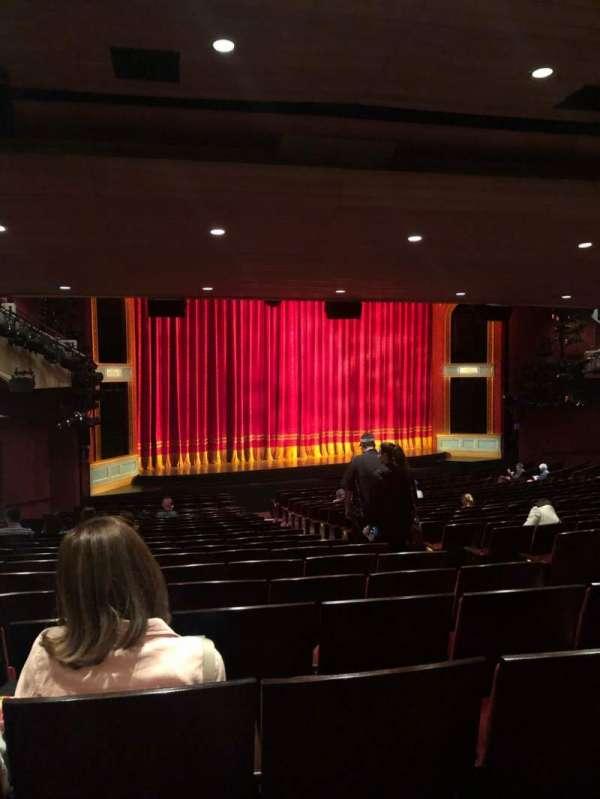 Marquis Theatre, secção: Orchestra L, fila: X, lugar: 11