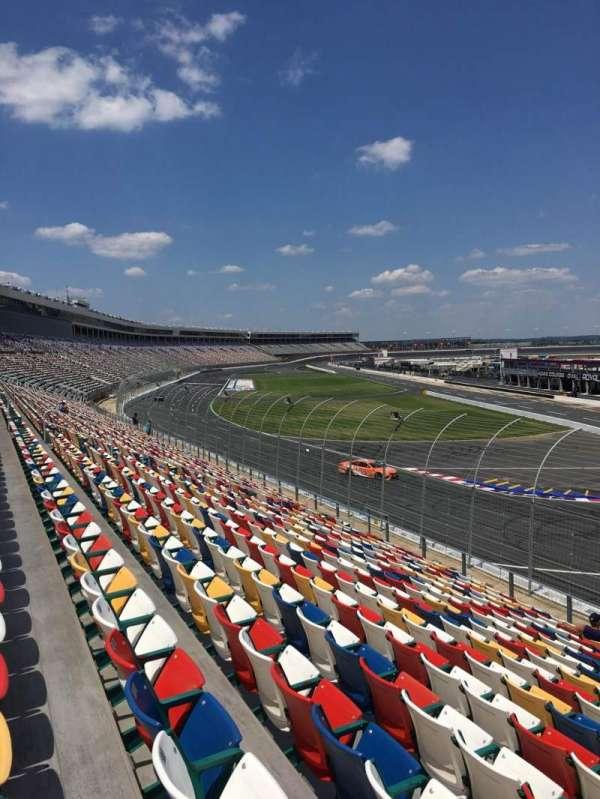 Charlotte Motor Speedway, secção: Ford D, fila: 18
