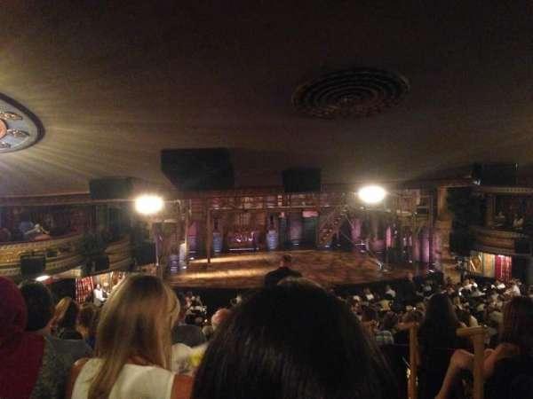 Richard Rodgers Theatre, secção: Standing Room Only, fila: SRO, lugar: 1
