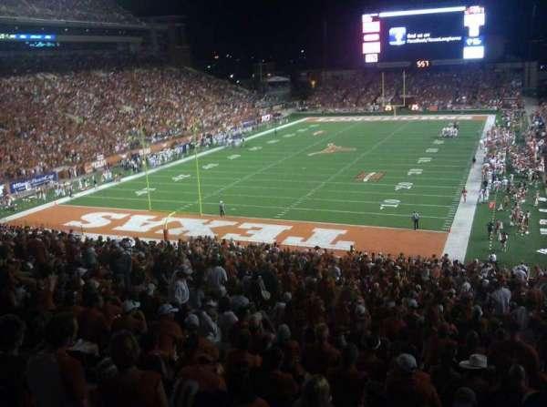 Texas Memorial Stadium, secção: 15, fila: 52, lugar: 1