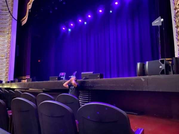 The Met Philadelphia, secção: PIT 1, fila: EEE, lugar: 2