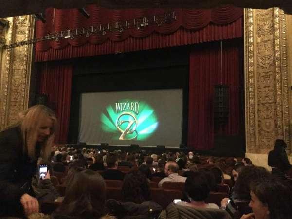 Chicago Theatre, secção: MNFL3R, fila: G, lugar: 320