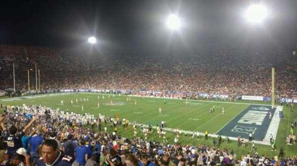 Los Angeles Memorial Coliseum, secção: 203B, fila: 1, lugar: 14