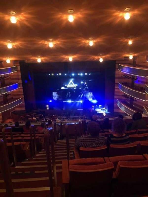 Eccles Theater, secção: 2TR, fila: H, lugar: 101