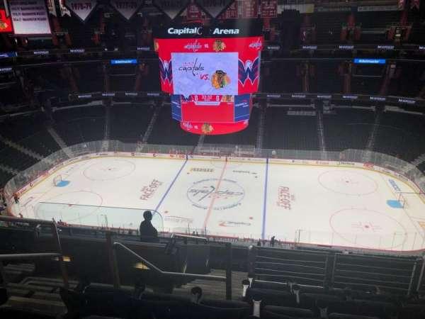 Capital One Arena, secção: 401, fila: L, lugar: 3