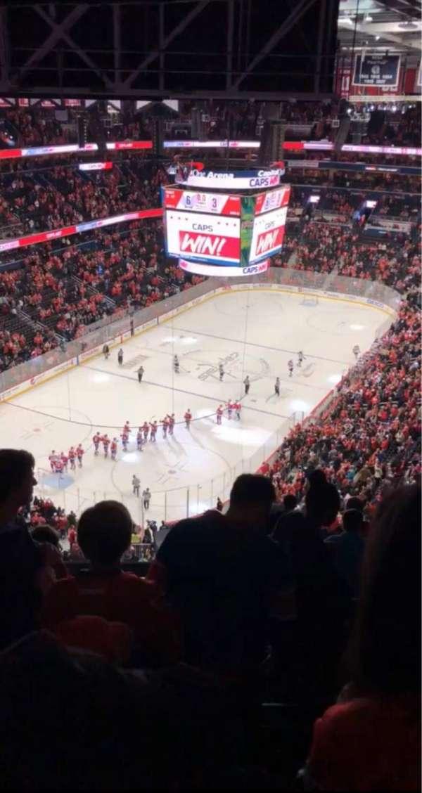 Capital One Arena, secção: 428, fila: N, lugar: 17