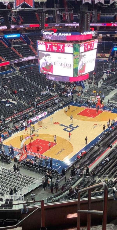 Capital One Arena, secção: 411, fila: N, lugar: 21