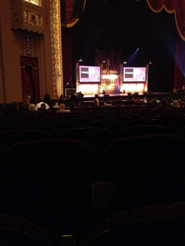 Stifel Theatre, secção: Orchestra Left, fila: AA, lugar: 14