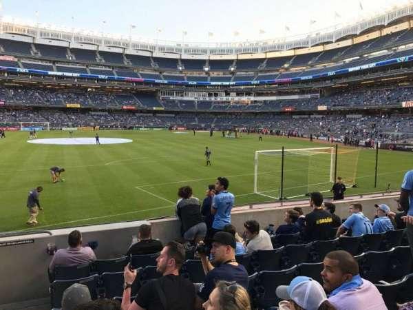 Yankee Stadium, secção: 136, fila: 7, lugar: 24